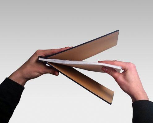Cover Closer Papier einlegen